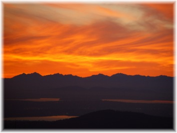 Sunset over the Olympic Range from West Tiger 3